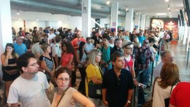 L'odissea del volo Firenze-Palermo,  partito da Pisa con 19 ore di ritardo