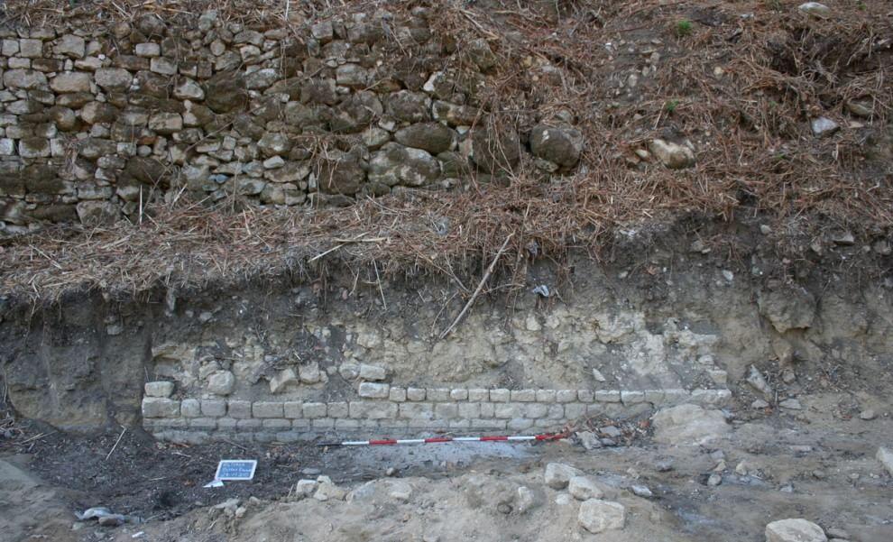 """Volterra, scoperto """"per caso"""" un anfiteatro romano"""