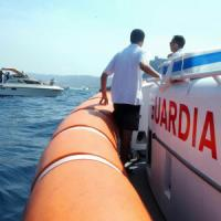 Donna scomparsa in spiaggia all'Argentario: ricerche anche in mare