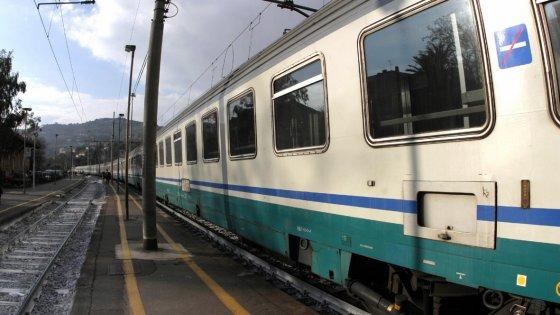 Travolta Dal Treno Ritardi E Soppressioni Sulla Siena