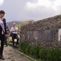 Miss Italia nei luoghi dell'eccidio di Stazzema incontra superstiti e il partigiano