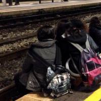 """Maniglie senza sigilli, libri di bordo bianchi. L'Ansf: """"Non conformità nel 20% dei treni"""""""