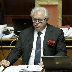 Corte dei Conti, deferito il senatore Barani: da sindaco danno allo Stato di 1,9 milioni