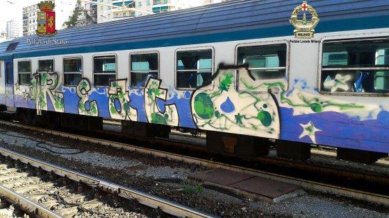 Attraversa I Binari E Viene Investito Dal Treno