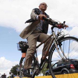 Vai al lavoro in bicicletta? A Massarosa il Comune ti paga