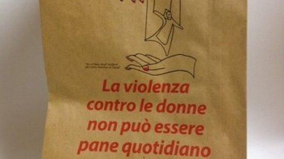 A Siena le buste per il pane contro la violenza sulle donne