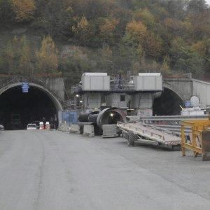 Autostrada A1, sabato aperti i primi 6 chilometri della variante di valico