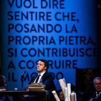A Firenze secondo giorno di Leopolda,  con il sondaggio sulle peggiori prime pagine dell'anno