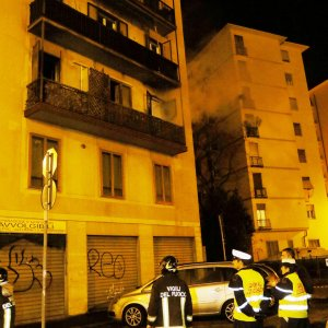 Firenze incendio nella notte al secondo piano di un for Palazzo a 4 piani