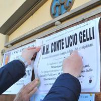 Morte Licio Gelli, i funerali domani a Pistoia: sulla salma la spilla del partito fascista