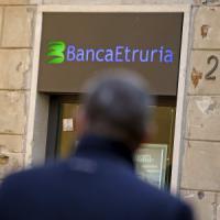 Arezzo: la procura apre un'inchiesta su banca Etruria per truffa