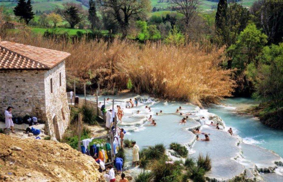 Toscana tre terme gratuite dove rilassarsi a costo zero 1 di 1 firenze - Cascate in italia dove fare il bagno ...