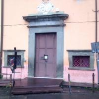 Pisa, giovane attore strangolato in scena: è grave