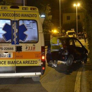 Arezzo, minicar investe e uccide mamma e bambina