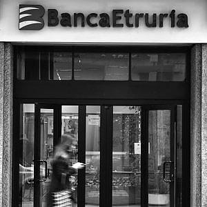 """Firenze, vendita nuove banche  l'allarme dei sindacati """"Troppi posti a rischio"""""""