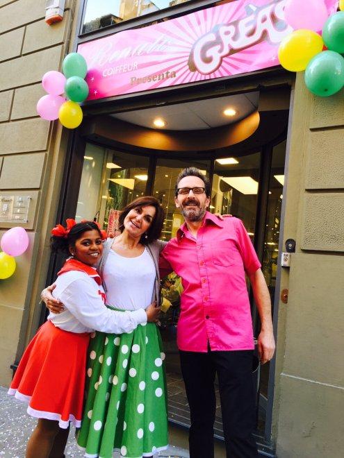 Eccezionale Firenze, la festa di Carnevale a tema Grease dal parrucchiere - 1  SW45