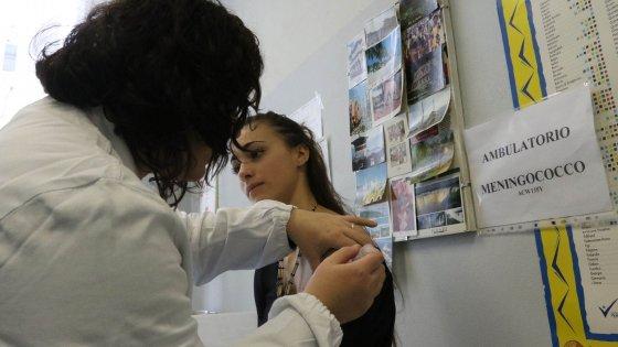 "Emergenza meningite, in Toscana ""vaccinazione intensiva"""