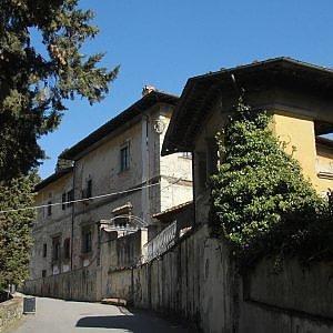 Firenze, Villa di Rusciano di nuovo in vendita con sconto più alto