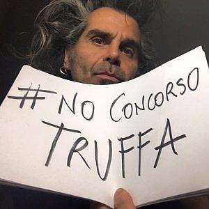 """Firenze, Piero Pelù attacca il governo su Facebook: """"No al concorso truffa"""""""