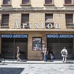 Firenze, il vecchio cinema Ariston rinasce e diventa museo dei trenini