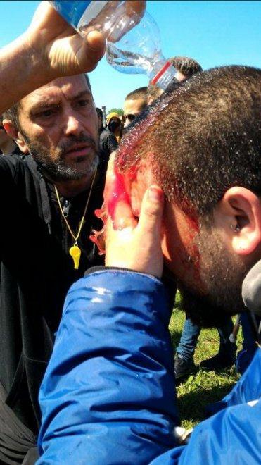 Internet Day, le immagini degli scontri tra manifestanti e polizia a Pisa