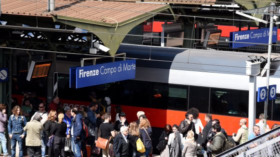 Firenze Muore Schiacciato Dal Treno Nella Stazione Di