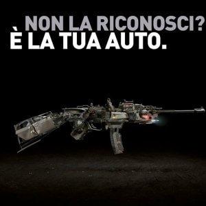 Firenze, la tua moto può essere un'arma: la campagna shock sulla sicurezza della strada