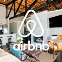 Airbnb, in Italia i proprietari guadagnano 2.300 euro all'anno: a Firenze