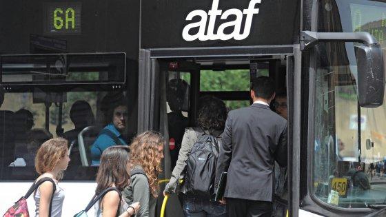 Firenze investito dal bus mentre attraversa la strada for Bagno a ripoli firenze bus