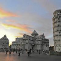 Pisa, falso allarme bomba sotto la Torre: