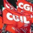 Firenze, sciopera la grande distribuzione: e i cortei  si incrociano all'Isolotto
