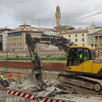 Voragine Lungarno, Nardella: