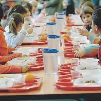 Mense scolastiche, dalla Regione Toscana 900 mila euro per pasti senza glutine