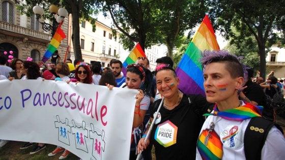 ballbusting italian annunci palermo gay