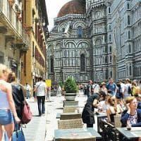 Firenze, Nardella in consiglio si oppone a McDonald's ma aspetta Franceschini