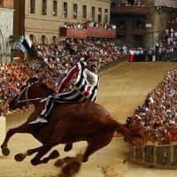 Palio di Siena, l'Istrice vince la quarta prova