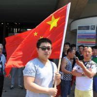 Sesto Fiorentino, dopo la rivolta della comunità cinese, il presidente