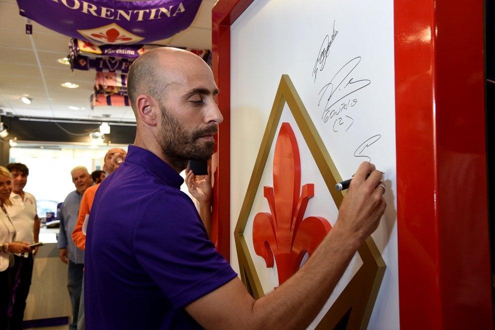Il nuovo negozio Fiorentina Point - 1 di 1 - Firenze - Repubblica.it