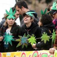 Cannabis legalizzata, in Toscana l'appello dei Giovani democratici: con