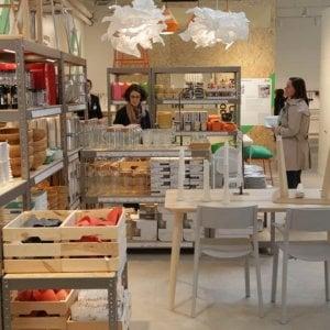 Home restaurant e temporary store la toscana avr un for Arredamento panetteria ikea
