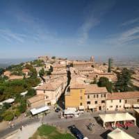 Il Brunello incontra il tartufo: Montalcino pensa alla fusione con San Giovanni