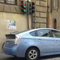 Firenze, la guerra social tra tassisti e Comune: