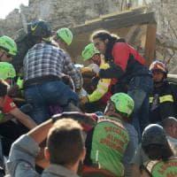 Terremoto, l'appello in Toscana: