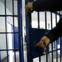 Massa, 1.324 giorni in una cella troppo piccola: detenuto vince ricorso