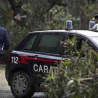 Firenze, rapinato e colpito con un pugno