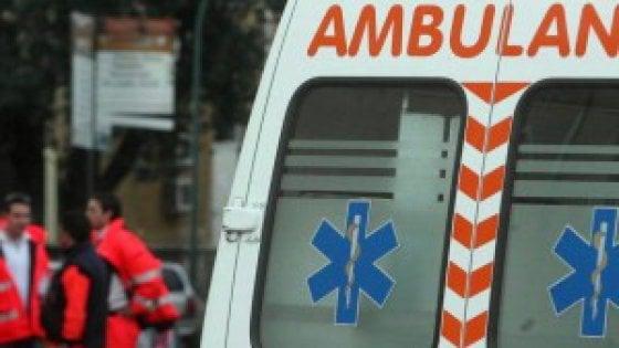 Arezzo, auto investe quattro ciclisti e uno di loro muore