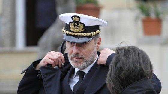 """De Falco lascia la capitaneria di Livorno per Napoli: """"Mi hanno usato, ma io resto a bordo"""""""