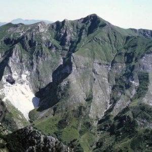 Carrara, in difesa delle Alpi Apuane l'appello di scrittori e intellettuali