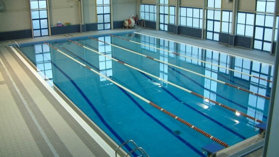 Eccesso di cloro, chiusa una piscina a Firenze