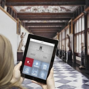 Firenze, gli Uffizi in diretta Twitter. Hai una domanda? #ChiediAlCuratore